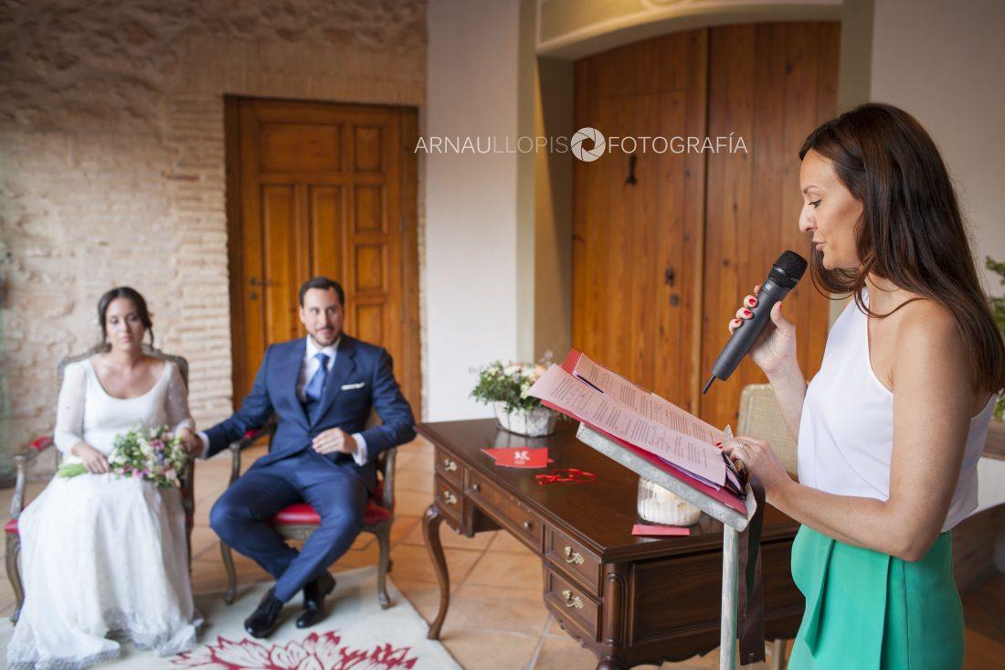 Lectura de ceremonia de boda
