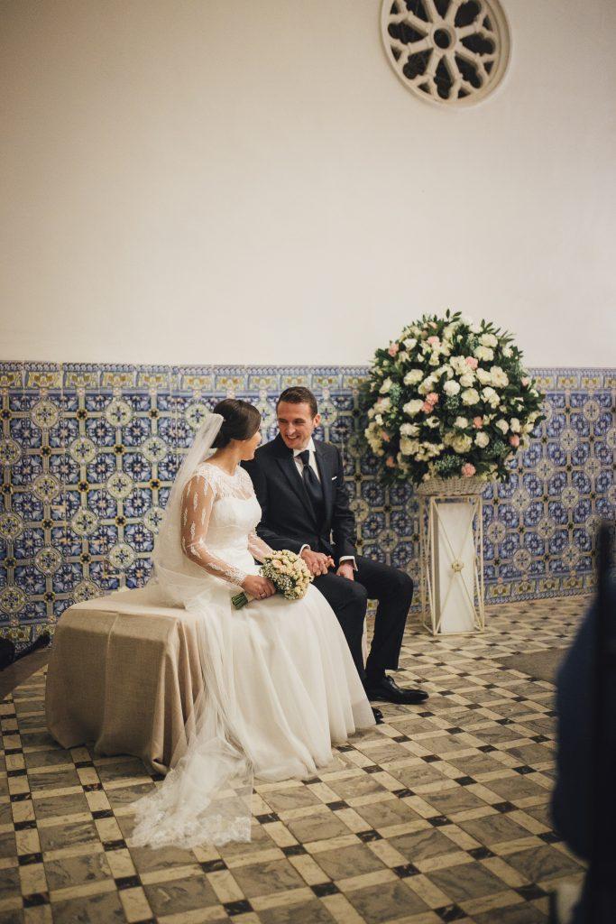 novios en su ceremonia civil