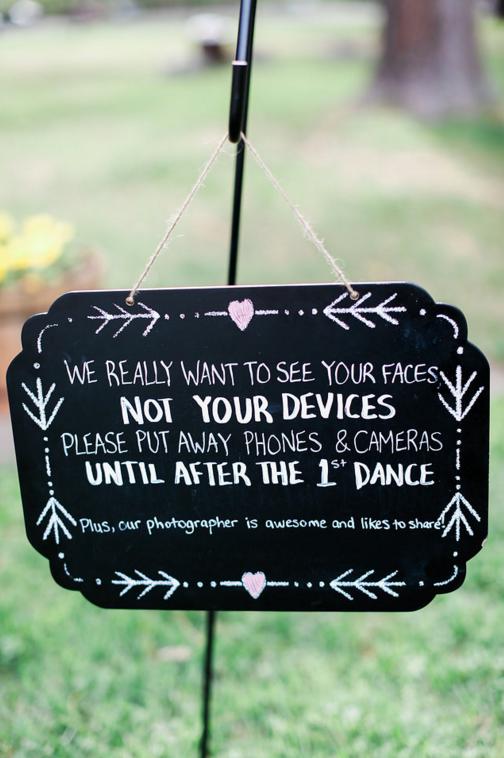 no-phones-at-wedding