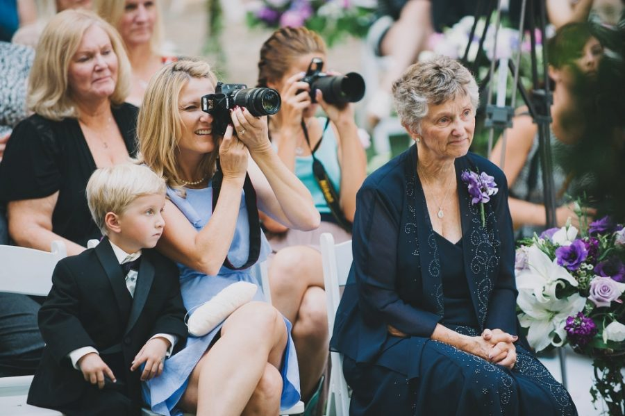 cameras-at-weddings