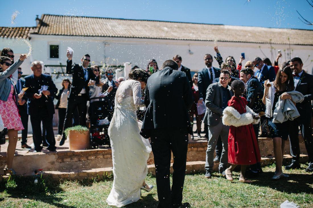 Confeti en la ceremonia de boda